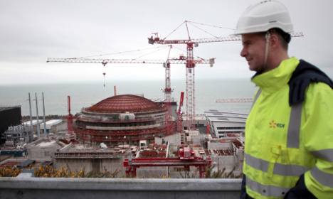 Flagship French nuclear reactor hits another snag