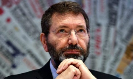 Rome mayor under fire for Pope US trip