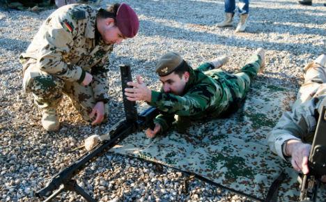 Leader of German Iraq mission dies suddenly