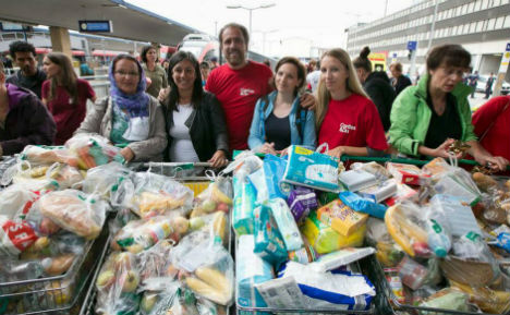 Refugees overwhelmed with generosity in Vienna