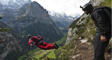 American base jumper dies in Bernese Oberland