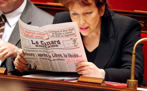 French satirical weekly Canard Enchainé hits 100