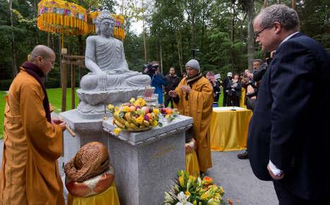 Dresden Buddhists drop swastika to keep peace