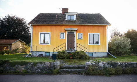 Artist's 'un-Swedish' paint ban is overturned