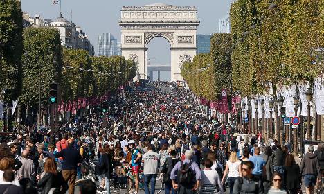 Paris: First car-free day proves quiet success