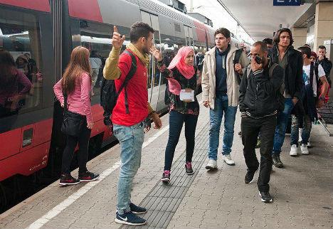 Deutsche Bahn suspends trains to Austria