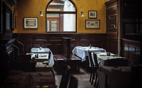 Italian child billed €16 for dirty tablecloth