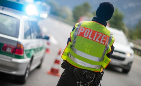 Germany 'isn't slamming door on refugees'