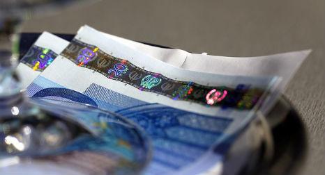 Shadow economy costs €454bn says economist