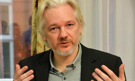 'Hollande stabbed me in back': Julian Assange