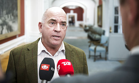 Danish People's Party threatens to topple govt