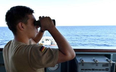 EU to arrest people traffickers on high seas