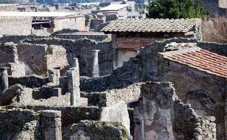 Pompeii thieves claim relics are cursed
