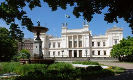 Swedish university shut after anonymous threat