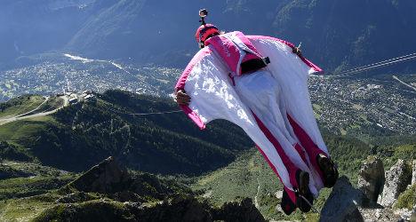 US daredevil dies in Swiss wingsuit stunt