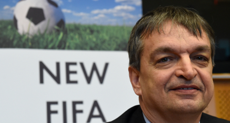 Fifa presidential race gets French Champagne