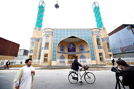 Largest Shia mosque opens in Copenhagen