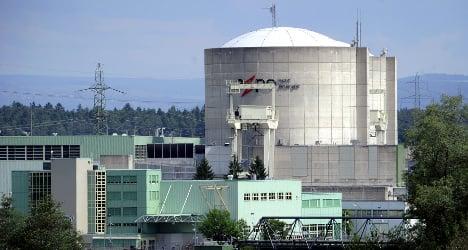 World's oldest nuclear reactor 'like Emmental'