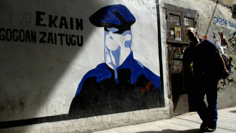 Eta 'maintains its commitment' to peace following arrests in France