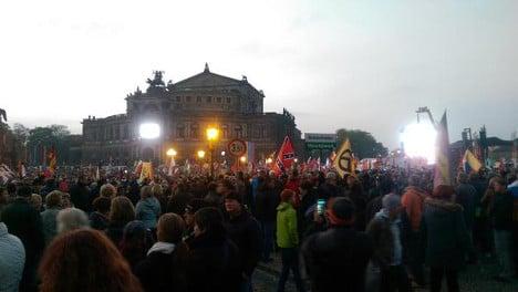 Thousands flood Dresden in Pegida rally