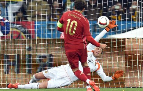 Spain send Ukraine to Euro 2016 play-offs despite missing penalty