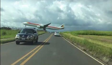 Video shows 'too close for comfort' Costa Rica landing of Iberia plane