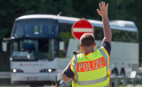 Germany extends border checks to halt refugees
