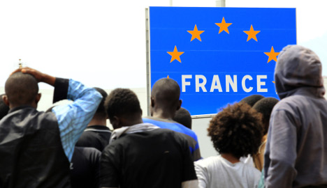 French remain reluctant to welcome refugees