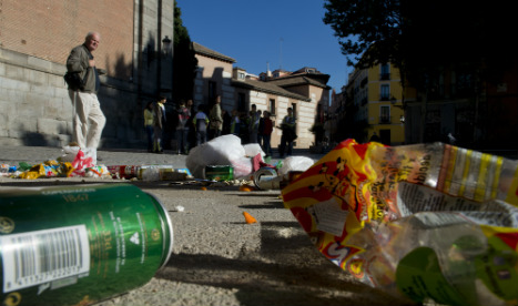University students in Madrid told to 'sweep the streets' to learn ethics