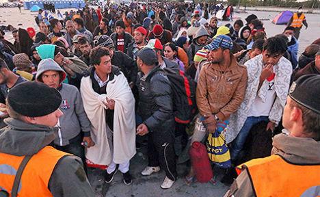 12,220 refugees enter Austria in 36 hours