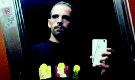 Sex attacker caught in Spain after posting elevator selfie on Facebook