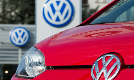 'Fewer than 10 targeted in VW emissions scam'