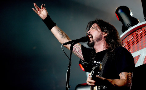 Foo Fighters fulfill Italy pledge after viral video