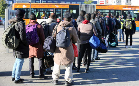 Govt rejects claim 1.5m refugees are expected