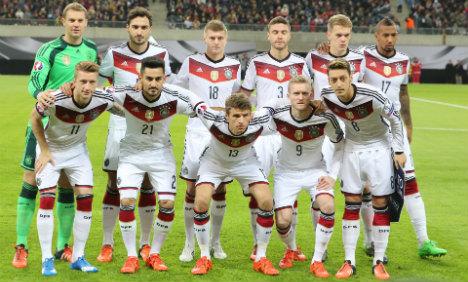 Germany scrape through to Euro 2016 finals