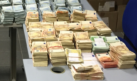 Driver enters France with €1.9 million hidden in car