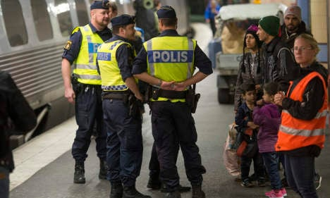 Tighter border controls 'discussed' in Sweden