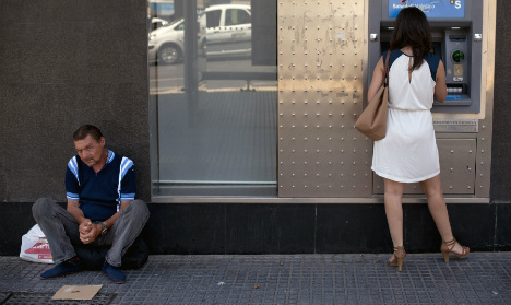 Economic recovery? Nearly one in three Spaniards at risk of poverty