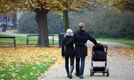 Copenhageners told to have babies earlier