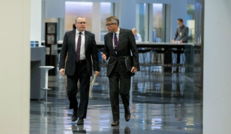 Statoil profits slump as oil prices stay low