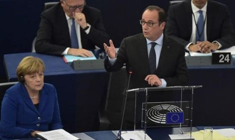 Europe will end if it's not united, Hollande warns