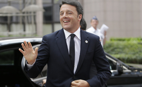 Renzi victory as Senate votes to fall on its sword