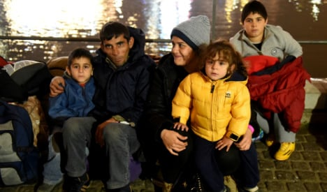 Sweden tells refugees to stay in north Germany