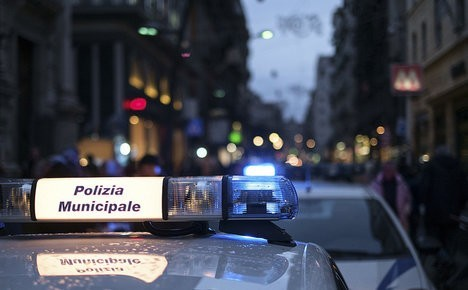 Italy arrests Syrians with false passports: report
