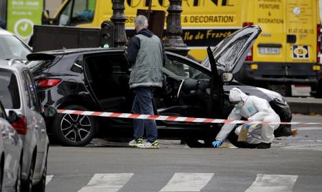 Police in Paris find car rented by terror suspect