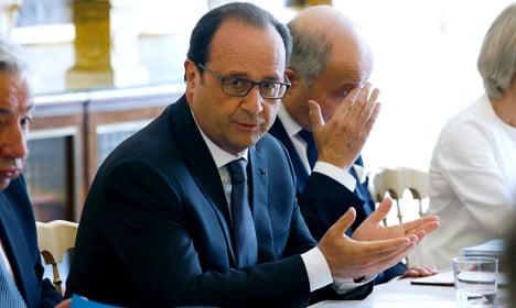 Hollande demands 'all info' on German spying