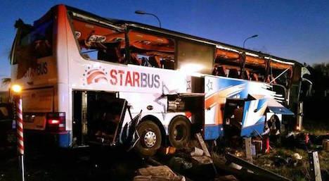 S1 bus crash leaves several injured