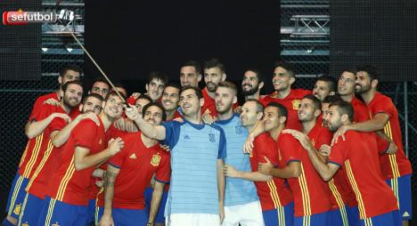 Spanish champions reveal 'retro' football strip ahead of Euro 2016