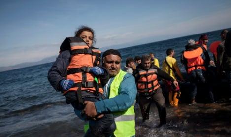 800,000 'irregular' EU entries in 2015: Frontex