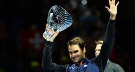 Federer makes great start at ATP Tour Finals